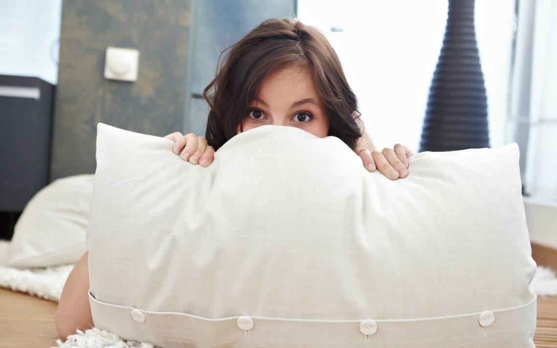 На какой подушке спать при шейном остеохондрозе