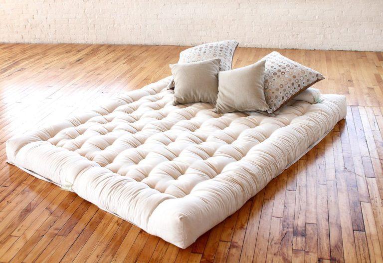 Можно ли спать на матрасе на полу