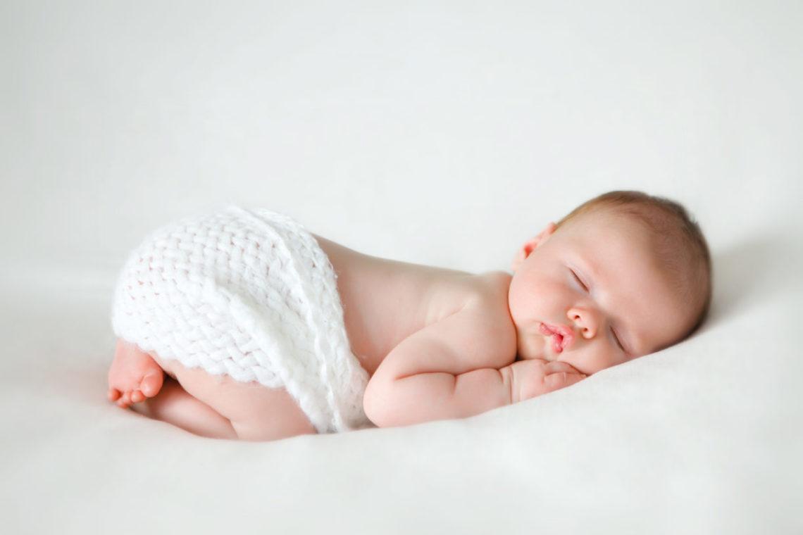 Можно ли младенцу спать на животе