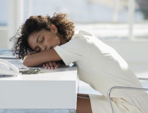 Почему после еды тянет в сон