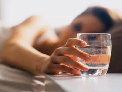 Можно ли пить воду перед сном