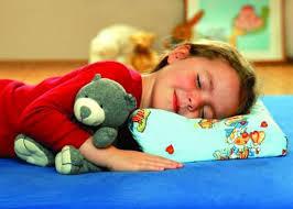 Какую подушку выбрать для сна ребенку